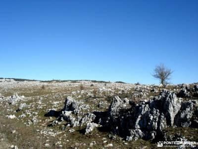 Sierras Subbéticas;Priego de Córdoba;actividades de verano viajes y rutas senderos y caminos activ